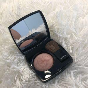 CHANEL Makeup - Chanel Powder Highlighting Blush